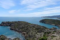 Vistas de la Mar d´Avall desde los alrededores del faro del Cabo de Creus.