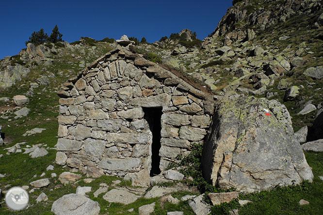 GR 11 - Etapa 14: Refugio de l