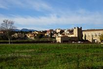 Vistas del pueblo de Capmany.