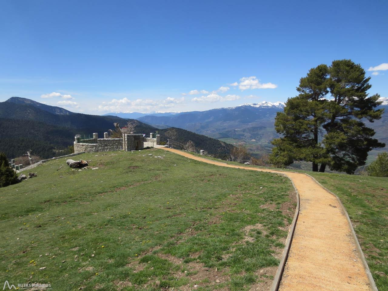 Fotograf as itinerario adaptado al mirador del cap del ras for Mirador del pirineo