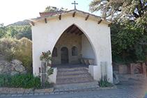 Exterior de la capilla del Roser.