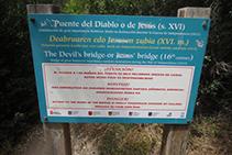 Indicación del puente del Diablo. Atención, el acceso a las ruinas del puente es peligroso.