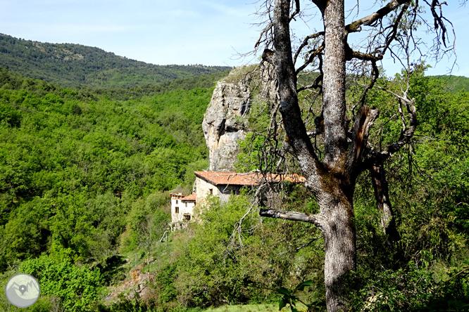 La Geganta Adormida, itinerario histórico por el Pla de Corts 1