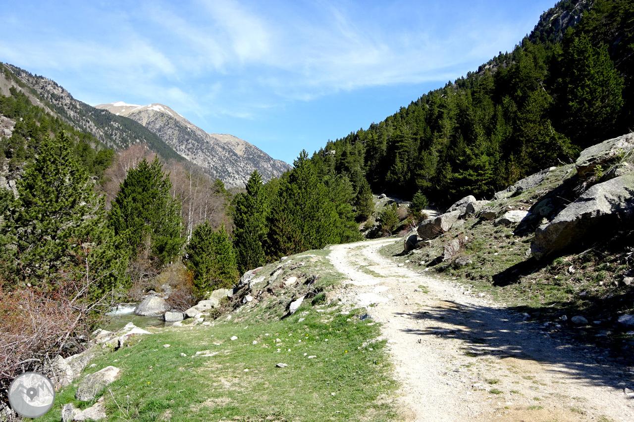Fotograf U00edas La Vall De La Llosa En La Cerda U00f1a