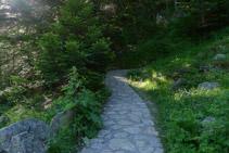 Inicio del camino hacia el lago de Gaube.