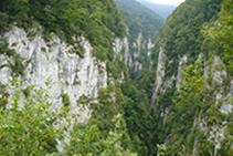 El cañón o garganta de Holzarté, a nuestra derecha.