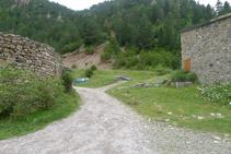 Tomamos el camino que hay a la derecha del refugio de Bujaruelo.