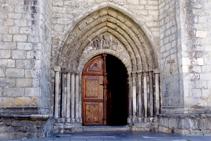 Portal de la iglesia de Vielha.