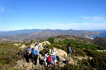 La cresta que sube a la cima de Sant Salvador (fuera de ruta).