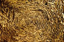 Techo con vuelta catalana, en el interior del monasterio.