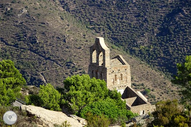 Por los dominios de Sant Pere de Rodes 1