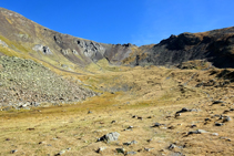 Clots de la Serrera, en la cabecera del valle de Sorteny.