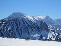 El Roc Blanc es una de las cimas más conocidas de la región.