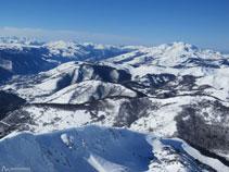 Pico de los Trois Seigneurs y pico de Saint-Barthélemy.