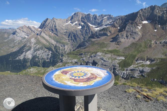 Pico de Tentes (2.322m) desde el collado de Tentes 1