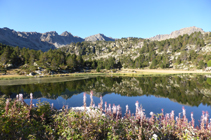 Lago Primer de Pessons y circo de Pessons.