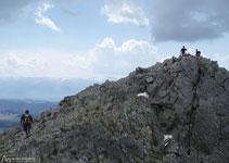 Desde el collado del Carlit por la arista llegamos a la cima.