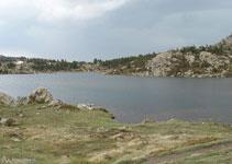 Lago de las Dugues.