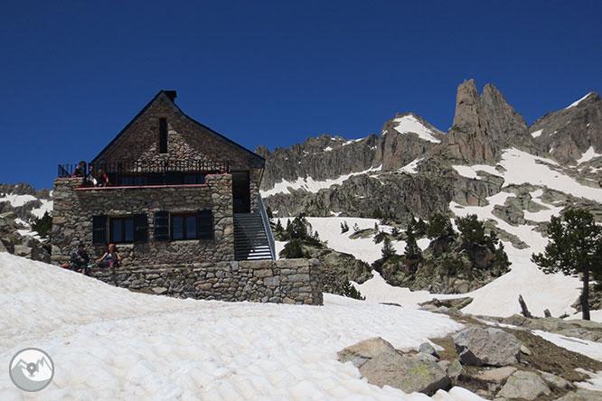 Pico de Amitges (2.848m) y Tuc de Saboredo (2.829m) 1