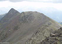 Continuamos nuestro recorrido por la Serra del Cap de la Coma en busca del pico de Arcalís.