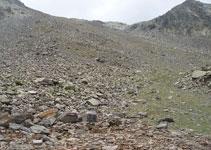 Encontramos el sendero que sube hacia la brecha de Arcalís.