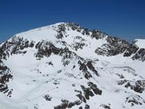 El pico del Alba (2.764m), uno de los más altos de la zona.