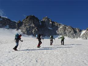 Maladeta Oriental (3.308m) y pico Abad�as (3.271m) por la Renclusa