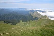 Vistas de la Selva de Irati (O).