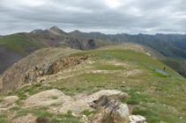 Cresta hacia el collado de Arenes y el pico del Estanyó.