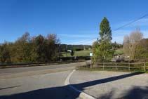 Desde la entrada del Camping El Solsonès, tomamos la carretera hacia la derecha (NO).