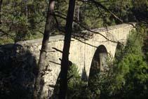 La entrada del puente de la Frau impresiona.