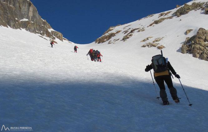 Posets (3.375m) por el refugio �ngel Or�s 2