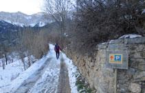 Fuera de la temporada de invierno se puede llegar en coche hasta el collado de Pallers.