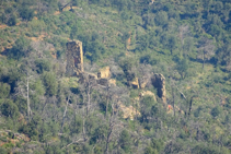 Masías en ruinas en las Gavarres.