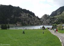 El lago artificial del Valle de Nuria.