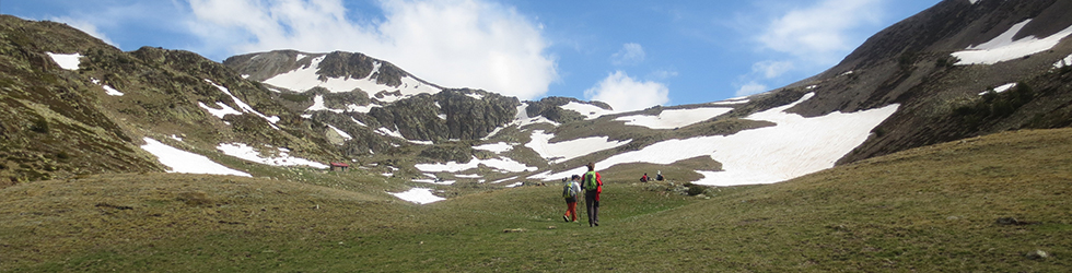 Puigpedrós (2.915m) por Engorgs desde el refugio de Malniu