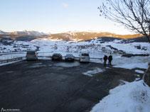 Zona amplia de aparcamiento en Odelló de Ral