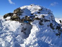 Cabaña en la cima del Roc de Madres