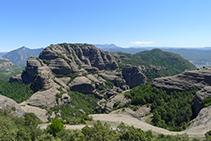 Vistas de la Roca de Sant Honorat desde la Roca del Corb.