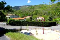 La plazoleta de Lluís Companys en Les Illes.