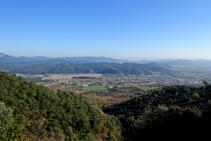 Cellera de Ter desde el Serrat de la Palomera.