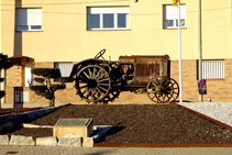 Monumento dedicado a la Fira dels Tractoristes.