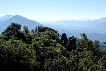 Extensas vistas desde el castillo de Roset.