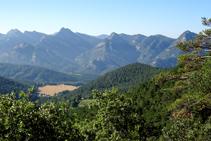 La sierra de Picancel y el valle de Vilada.