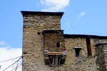 Detalle de la iglesia de Sant Serni.