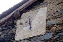 Curioso reloj de la iglesia de Sant Serni.