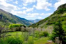 El valle de Unarre mirando al SO desde Cerbi.