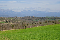 Vistas a la sierra del Verd y el Pedraforca.