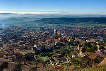 Vistas sobre Berga desde la calle Pinsania.