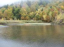 Lago de Varradós.